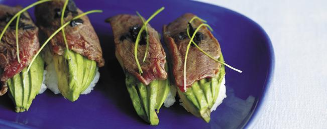 牛肉の炙りとアボにぎり寿司