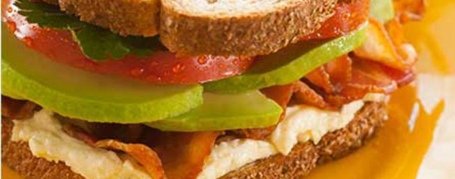 アボカドのBATサンドイッチ