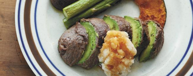 アボカド牛肉巻きステーキ