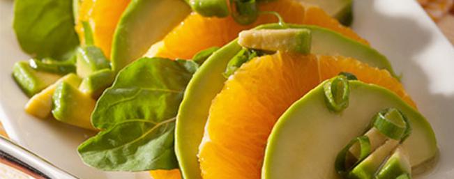 アボカドと柑橘類のサラダ
