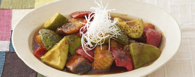 アボカドの中華風黒酢炒め